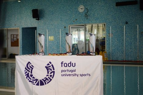 O Campeonato Nacional de Pólo Aquático é organizado pela FADU e pelo CDUP.
