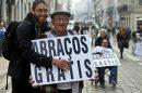 Foto: Free Hugs - Abraços Grátis
