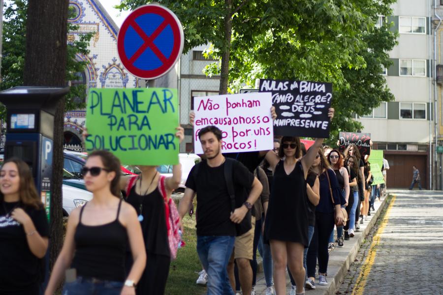 Manifestação de alunos de CC | Foto: Hugo Moreira