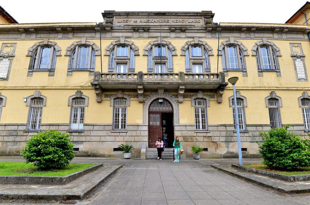 Escola Alexandre Herculano| Foto: João Manuel Ribeiro/ Global Imagens