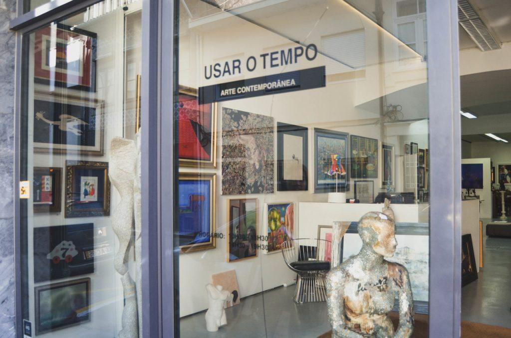 Galeria Usar O Tempo. Fotografias por Bruna Neto.