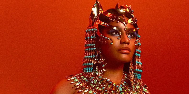 "Detalhe da capa de ""Queen"", de Nicki Minaj."