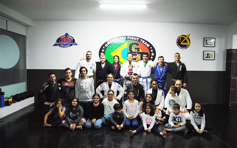 Equipa de jiu jitsu - Foto: Marta Fernandes