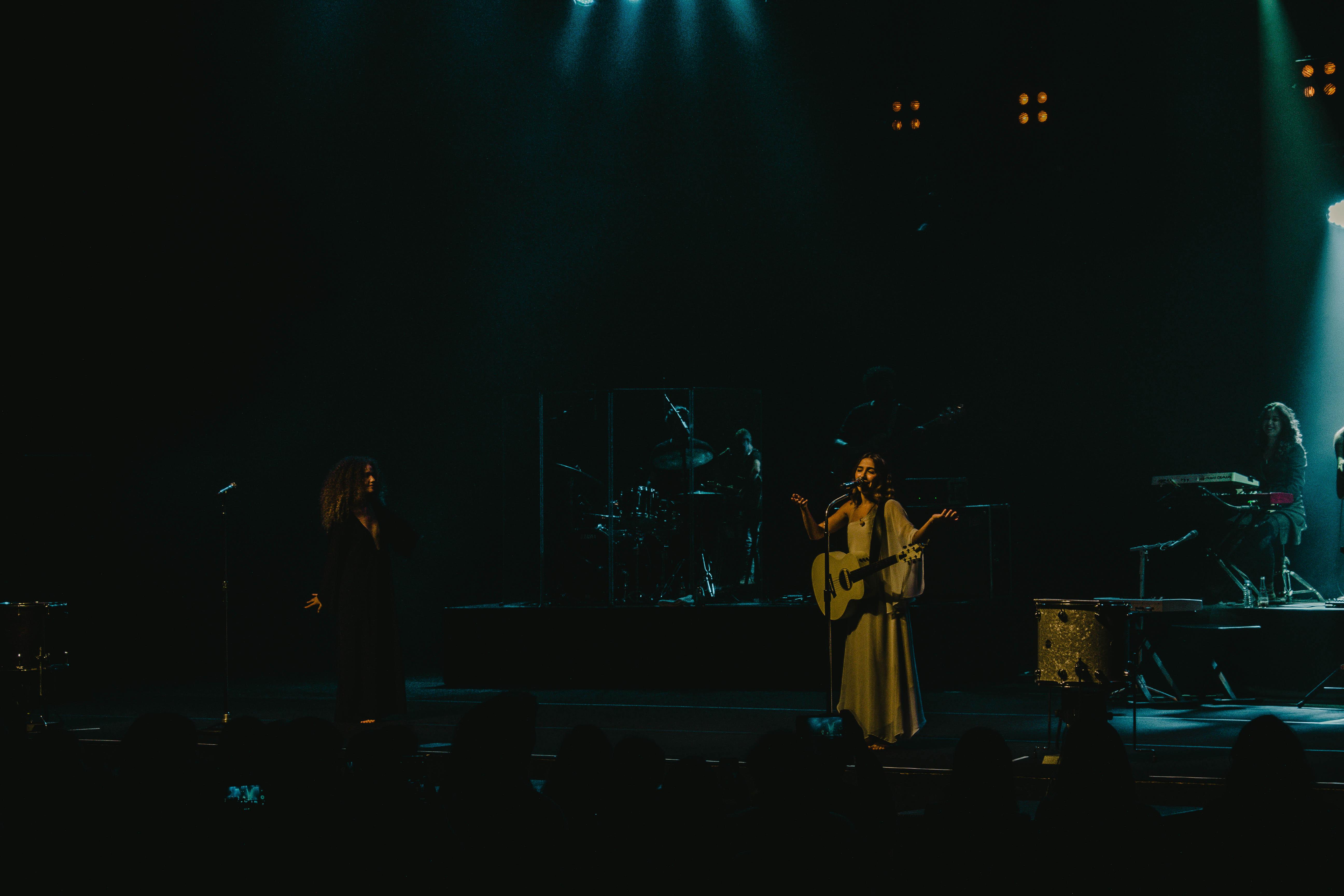 Anavitória no Coliseu do Porto. Fotografia: Catarina Lopes.