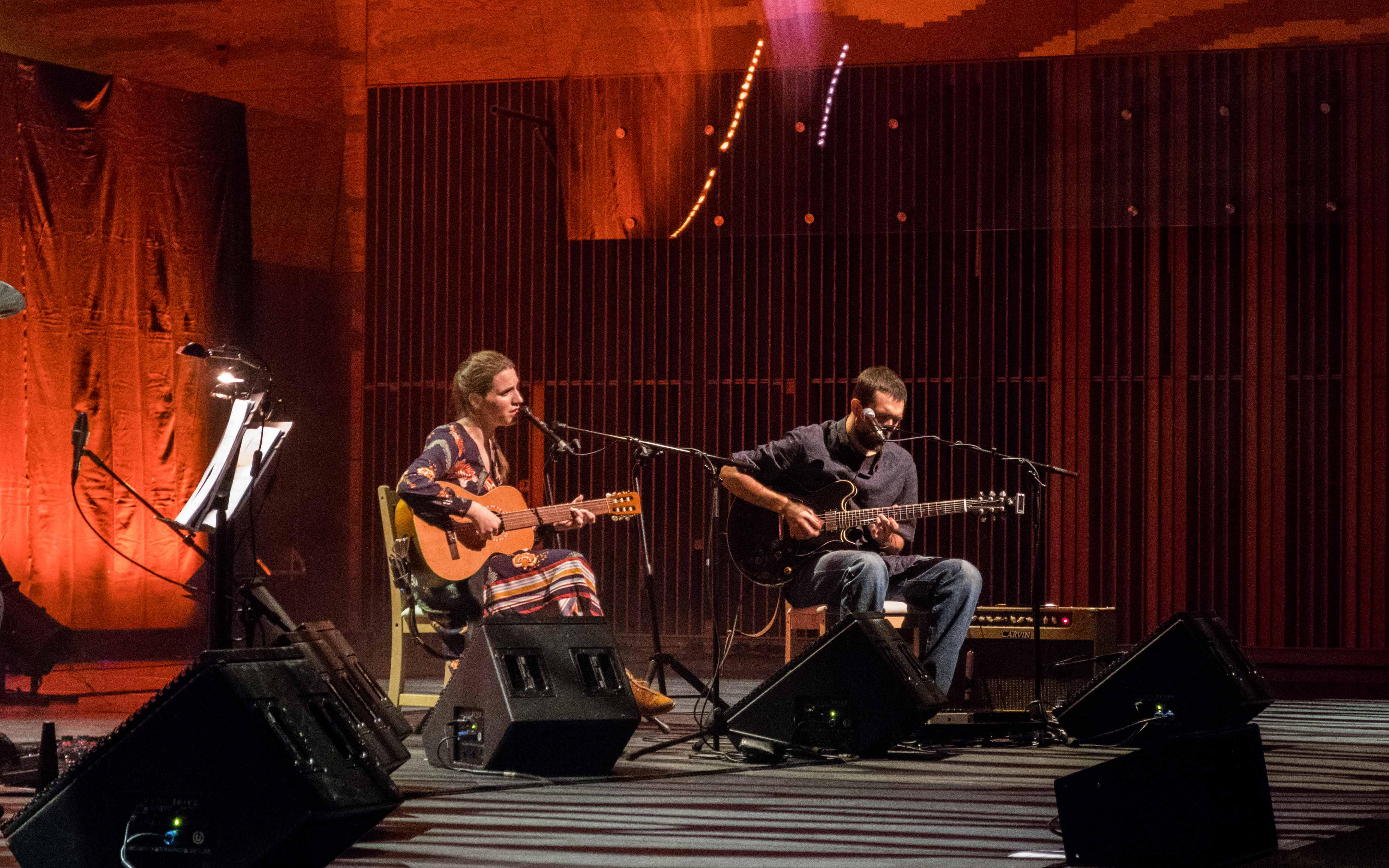 Luísa Sobral e Manuel Rocha. Fotografia por Mariana Cardoso.