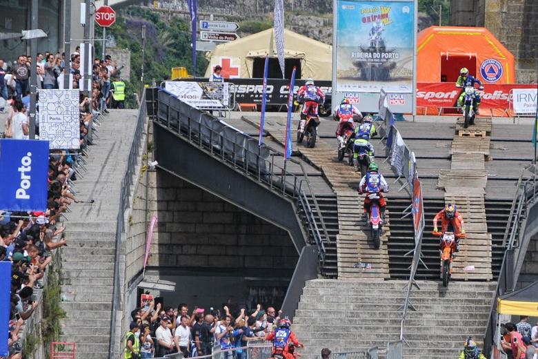 A segunda etapa da prova vai realizar-se na Ribeira do Porto. Foto: World Enduro Super Series