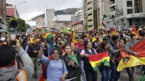 UN Bolívia/ Patrícia Cusicanqui - Manifestação nas ruas de La Paz, Bolívia, em Novembro de 2019.