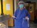 Profissionais de saúde do Centro de Saúde de Ílhavo recebem viseiras produzidas por elementos do Movimento Maker - Portugal. Fonte: Grupo de Cidadãos Anónimos do COVID-19 Aveiro/Coimbra.